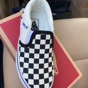 Black and white checkers shoe